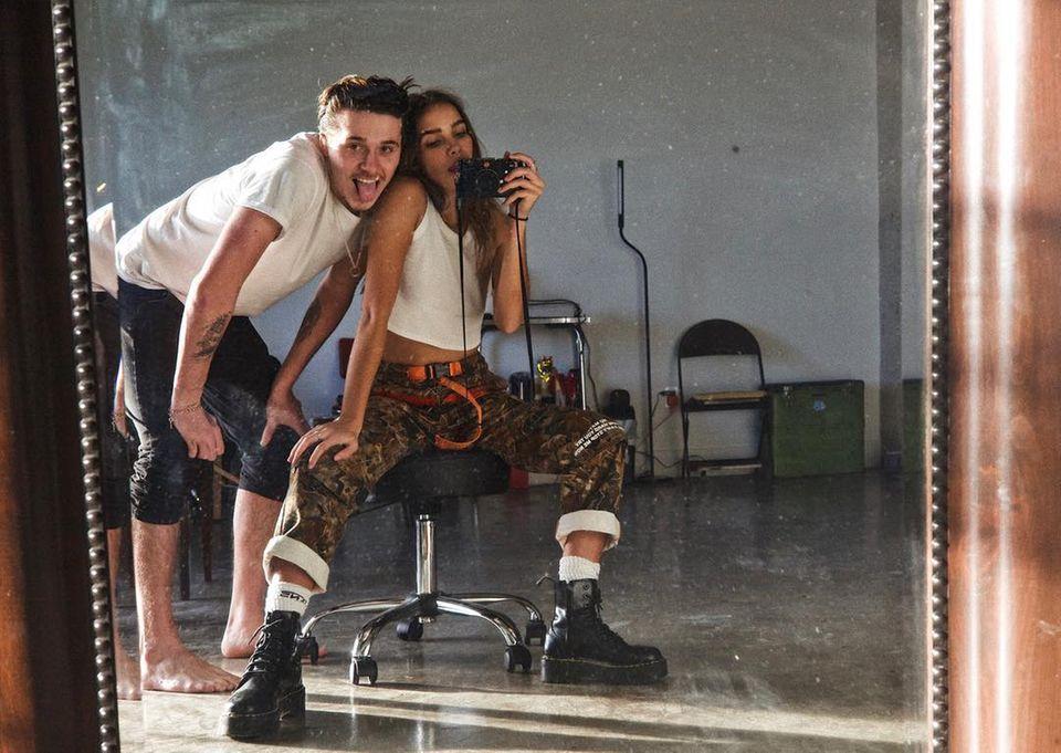 13. Januar 2019  Derweil genießt Brooklyn Beckham die süße Zweisamkeit mit seiner schönen Model-Freundin Hana Cross.