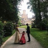 Für dieroyaleHochzeit von Prinz Ernst August jr. undEkaterina Malysheva kommtPrinzessin Maria-Olympia extra nach Hannover gereist und bezaubert im sommerlichen Kleid.