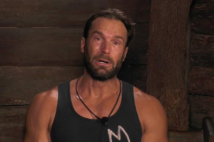 Bastian Yotta weinte, als er am Dschungeltelefon über seinen Vater sprach