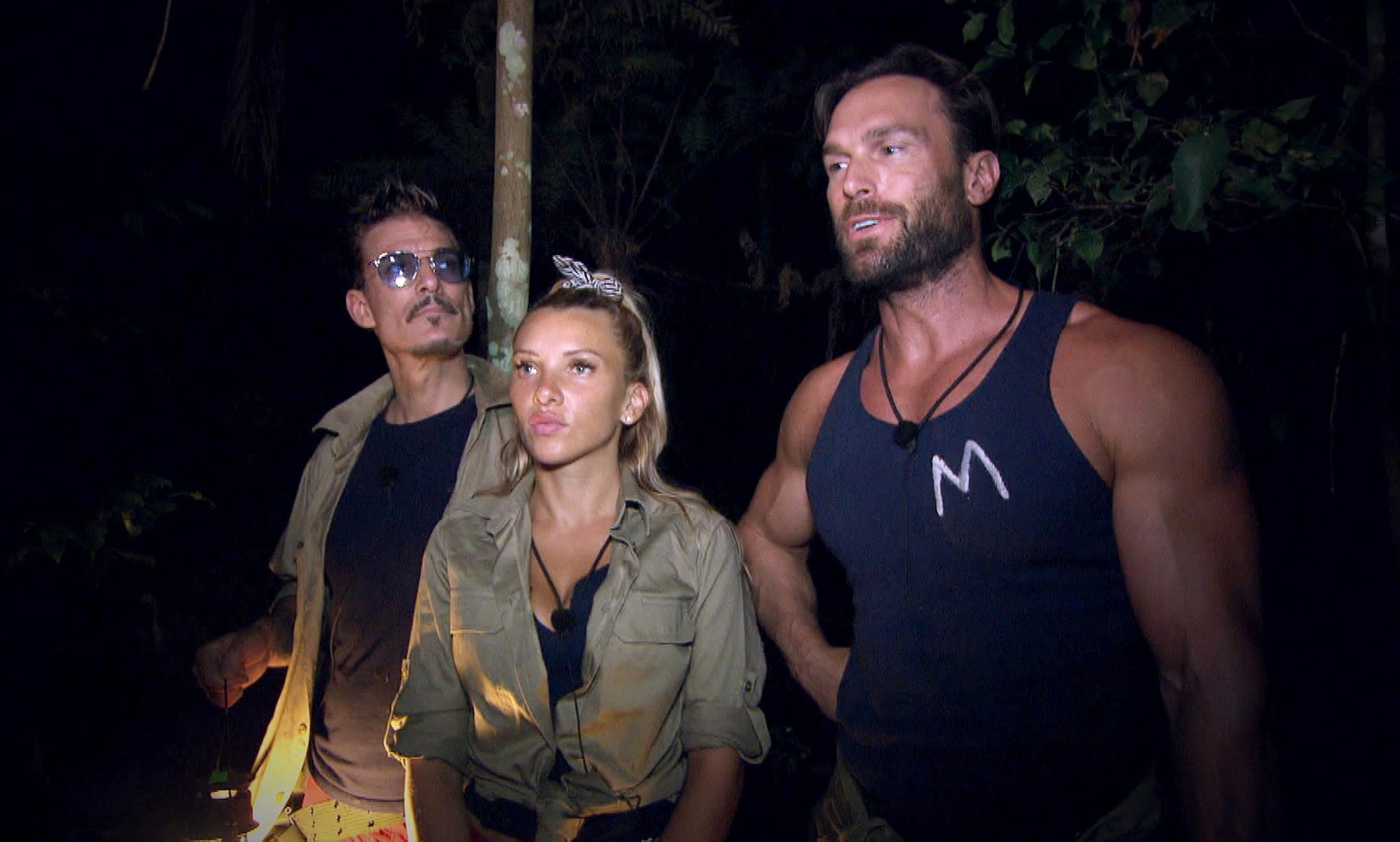 """Im """"Dschungelcamp"""" müssen Chris Töpperwien (l.), Evelyn Burdecki und Bastian Yotta auf Schatzsuche gehen"""