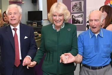 Herzogin Camilla in einem jüdischen Gemeindezentrum in London