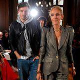 Auch bei derShow vonRonald van der Kemp hat Céline Dion ihren jungen Tänzer Pepe Munoz im Schlepptau.