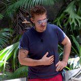 Im Dschungelcamp kämpft Chris Töpperwien um Essenssterne – viele erspielt er jedoch nicht und das wirkt sich auch auf sein Gewicht aus ...