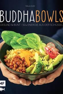"""Küchenprofi Tanja Dusy präsentiert 50 aromenreiche und gesunde Bowl-Rezepte für Frühstück, Mittag und Abend. Alle lassen sich unkompliziert zubereiten und können nach Lust und Laune variiert werden. (""""Buddhabowls"""", EMF Verlag, 144 S., 16,99 Euro)"""