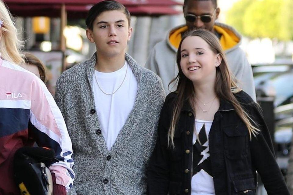Kingston Rossdale mit Freundin am 26. Januar 2019 in LA