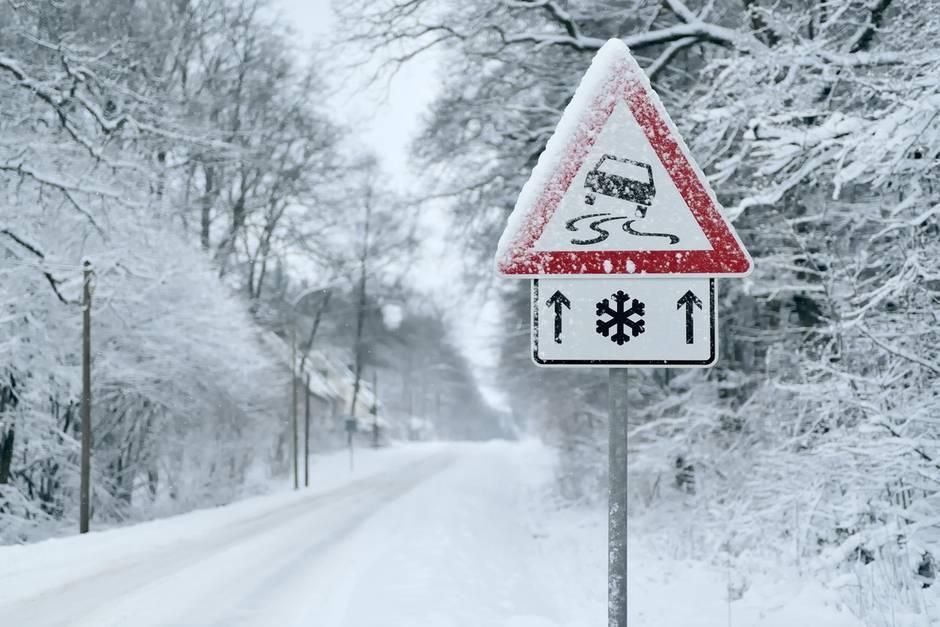 Tief Oskar bringt Schnee und Orkanböen