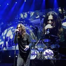 """Ozzy Osbourne musste die Europa-Tour mit seiner Band """"Black Sabbath"""" krankheitsbedingt absagen"""
