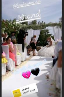 """Michael Sleggs: In einem Posting auf Instagram Stories erinnert sich Witwe Daniela an ihre Hochzeit mit Jens im Juni 2017. Dazu spielt sie das Lied """"Einmal"""" von Mark Forster. """"Einmal, einmal, das kommt nie zurück. Es bleibt bei einmal, doch ich war da zum Glück. Nicht alles kann ich wieder haben Freude, Trauer, Liebe, Wahnsinn. Einmal, und ich war da zum Glück"""", heiß es im Refrain."""