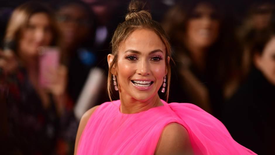 Sexy Aufnahmen: Mit fast 50 präsentiert Jennifer Lopez ihren durchtrainierten Körper