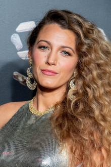Blake Lively = Blake Ellender Brown