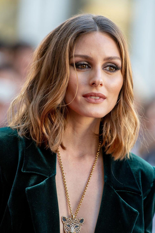 Olivia Palermo trägt die Übergangsfrisur, die heute Trend ist:Clavi Cut