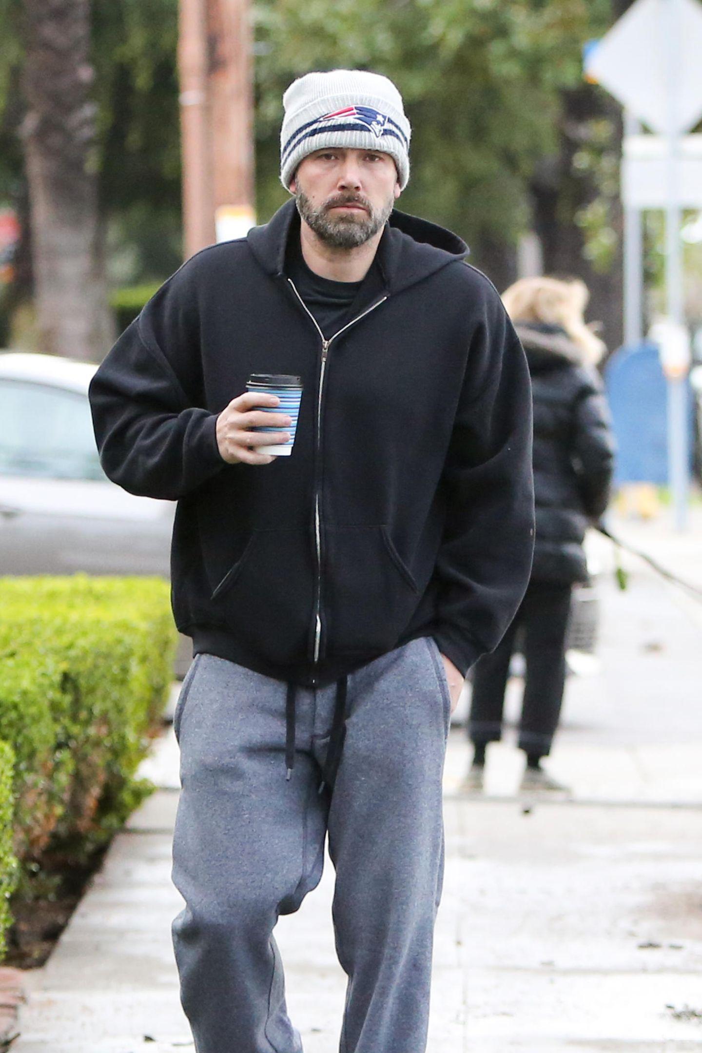 4. Februar 2019   Inultimativem Schlabberlook: Oscarpreisträger Ben Affleck wird bei einem Spaziergang in Los Angeles gesichtet.