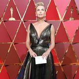 """Für Charlize Theron ist es nicht das erste Mal, dass sie den Academy Award vergeben wird. Sie selbst erhielt den Goldjungen vor 15 Jahren für ihre Rolle in """"Monster""""."""
