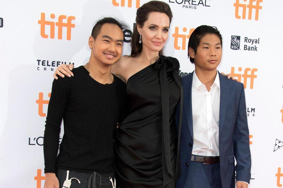 Angelina Jolie, Maddox Jolie-Pitt, Pax Jolie-Pitt
