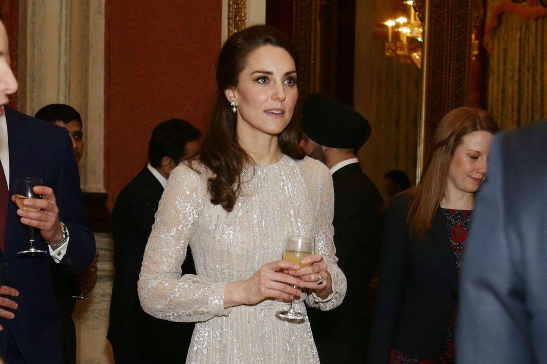 Herzogin Catherine, hier bei einem offiziellen Empfang im Buckingham Palast im Februar 2017, lud zu einem geheimen Treffen ein
