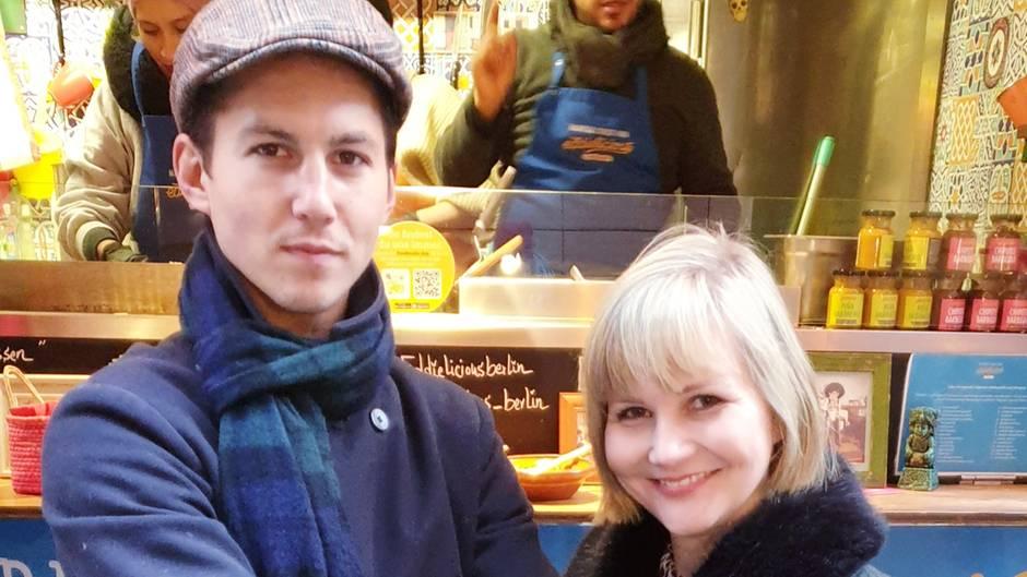 Tim Oliver Schultz mit Redakteurin Jolla