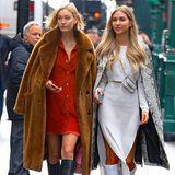 Gemeinsam mit ihrer Freundin Mandy Bork, ebenfalls Influencerin und Model, macht sie die Straßen New Yorks unsicher. Das hübsche Duo zieht alle Blicke auf sich - kein Wunder bei diesen coolen Outfits!