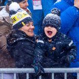 9. Februar 2019  Prinz Oscar außer Rand und Band: Die schwedischen Royals besuchen dieAlpineSkiweltmeisterschaft 2019 im schwedischen Åre. Dabei ist Prinzessin Victorias jüngster Spross ganz aus dem Häuschen und feuert die Teilnehmer lauthals an.