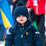 9. Februar 2019  Der kleine Prinz ist natürlich dem Winter-Wetter entsprechend warm eingemummelt und stapft mit seinem Schneeanzug durch den Schnee.