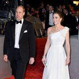 Bei der Verleihung der Bafta Awards strahlt Herzogin Catherine pure Eleganz aus und zeigt ungewöhnlich viel Haut.