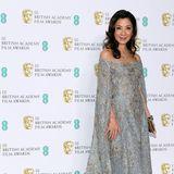 Glamour in Grau und Gold: Michelle Yeoh