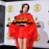"""Die US-amerikanische CountrymusikerinKacey Musgravesgehört zu den großen Gewinnerinnen des Abends. Unter anderem hat sie den Grammy für das Album des Jahres """"Golden Hour"""" einheimsen können."""