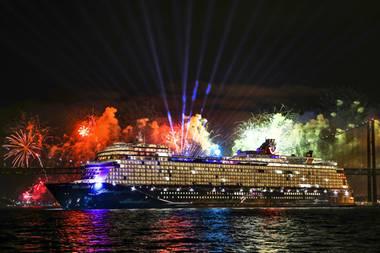 """9. Februar 2019   Schöne Taufe in Lissabon: Und so sieht das Schiff """"Mein Schiff 2"""" aus."""