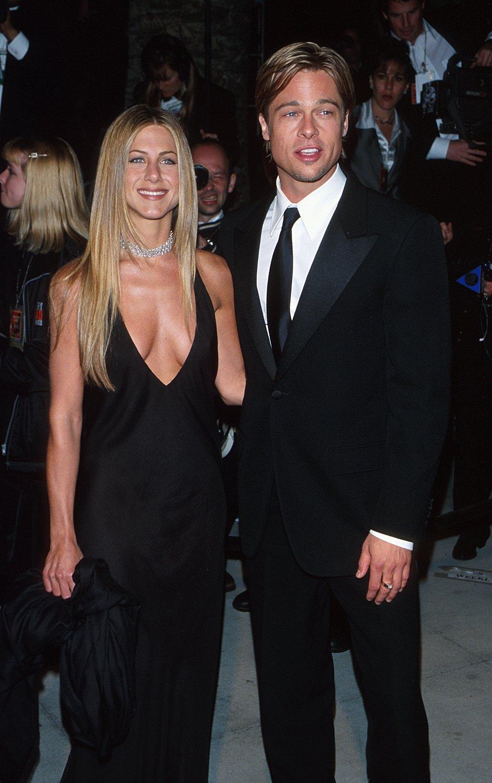 Brad Pitt Deshalb Kam Er Zu Jennifer Anistons Geburtstagsparty