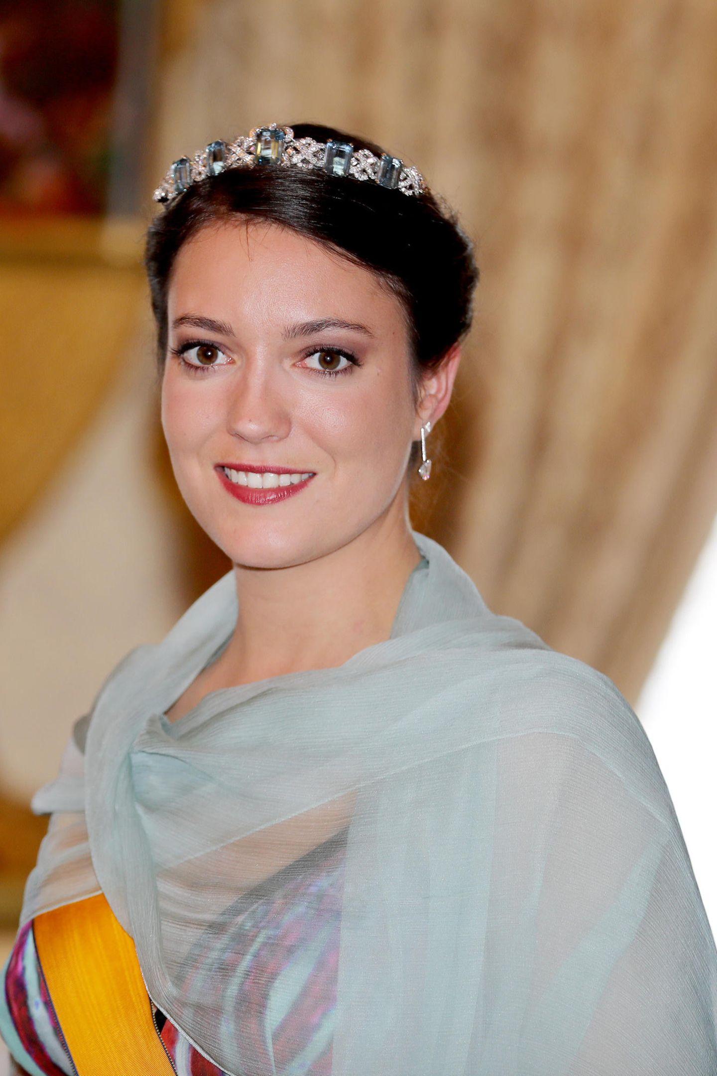 Prinzessin Alexandra von Luxemburg wartet auf den Mann, der sie zum Traualtar führen wird.