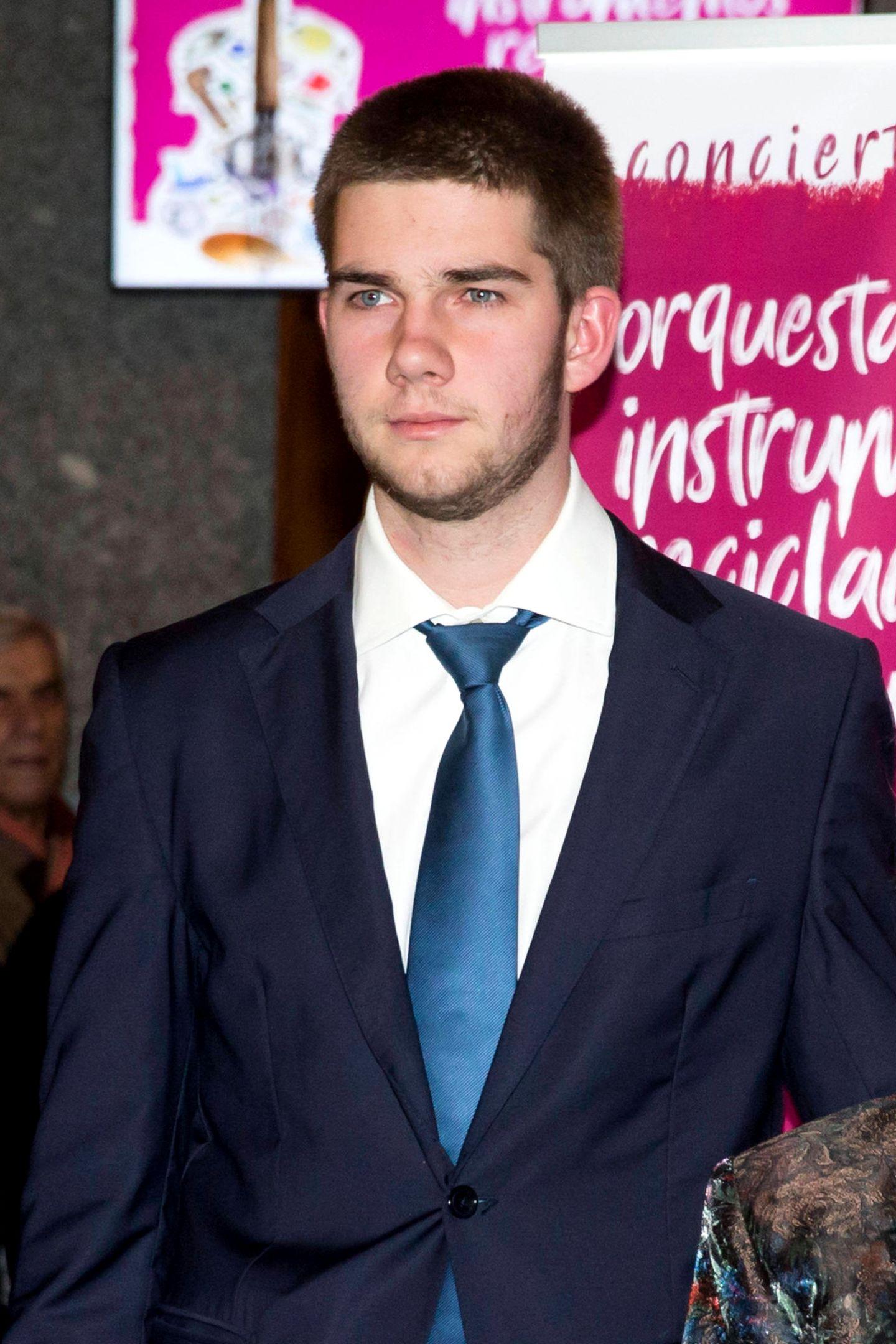 Juan Valentín Urdangarín y de Borbón ist ein Sohn von Cristina von Spanien und mit seinen 19 Jahren noch solo.