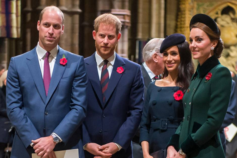Prinz William, Prinz Harry, Herzogin Meghan und Herzogin Catherine.