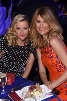 """""""Mein Leben änderte sich für immer, als ich Laura Dern am Set von """"WILD"""" kennenlernte. Jeden Tag macht sie mein Leben besser mit ihrer brillanten Arbeit und ihrer aufrichtigen Freundschaft. Plus, sie bringt mich zum Lachen ... sehr oft!"""", postet Schauspielerin Reese Witherspoon (links) emotional. Da nennen wir mal eine gute Freundin!"""
