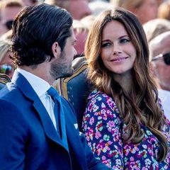 Prinzessin Sofia wirft Prinz Carl Philip verliebte Blicke zu.