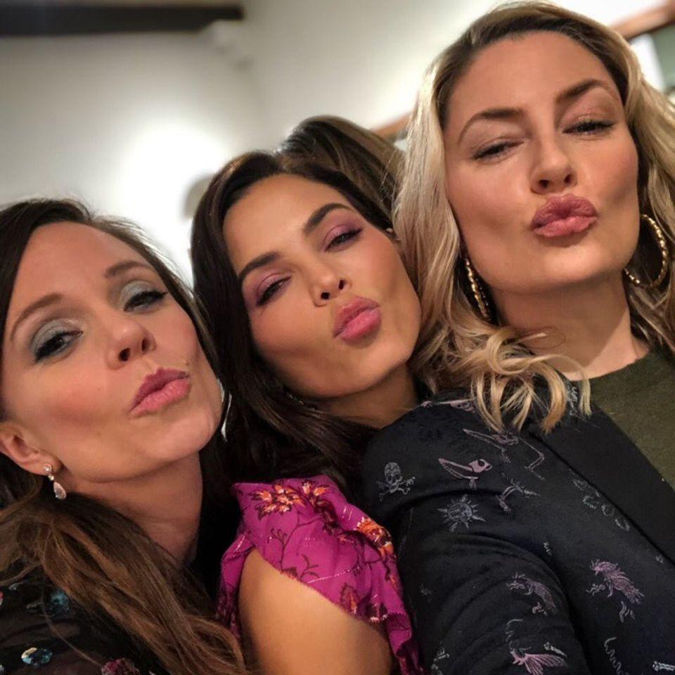 Zum Tag der Liebe teilt Channing Tatums Ex, Jenna Dewan, eine Erinnerung an einen schönen Abend mit guten Freundinnen. Galentine's Day wird das dann genannt.