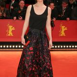 Auch bei Marleen Lohse wird's im floralen Red-Carpet-Look schon frühlingshaft.