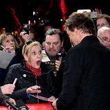 Wow! Dieser Fan freut sich ganz besonders, dass sie am roten Teppich auf Campino trifft.