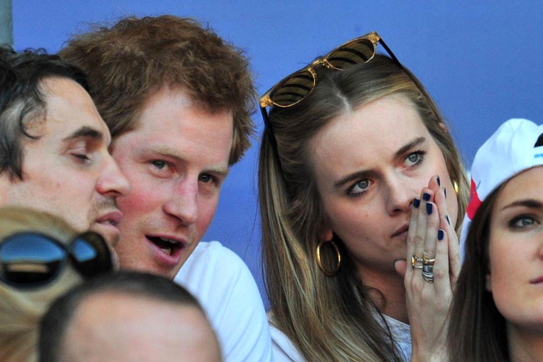 Prinz Harry und Cressida Bonas besuchen im März 2014ein Rugby-Spiel in London.
