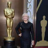 """Glenn Close - 7 Nominierungen  Auch Glenn Close durfte sich schon über sieben Oscar-Nominierungen freuen. Aber eben nur über die Nominierungen: Die Schauspielerin durfte bislang noch keine Trophäe mit nach Hause zu nehmen. Wie auch Bradley Cooper kann Glenn Close auch in diesem Jahr wieder hoffen - für ihre Rolle in """"Die Frau des Nobelpreisträgers"""" ist sie als """"Beste Hauptdarstellerin"""" nominiert."""