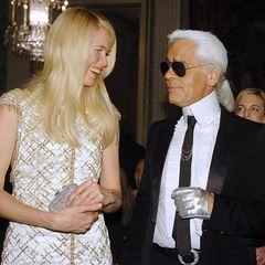 """""""Karl hat aus einem schüchternen Mädchen ein Supermodel gemacht"""", schrieb Claudia Schiffer nach dem Tod des Stardesigners. Der Chefdesigner von Fendi und Chanel hat die bildschöne Blondine Ende der Achtziger Jahre als Muse auserkoren."""