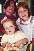 Erkennen Sie diese drei Grazien? Zwei von Ihnen sind erfolgreiche Influencer mit Millionen von Instagram-Fans, die dritte Schwester ist Zahnärztin, hat aber auch über 700.000 Follower.