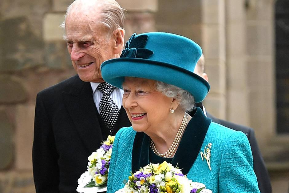 Queen Elizabeth II., Prinz Philip