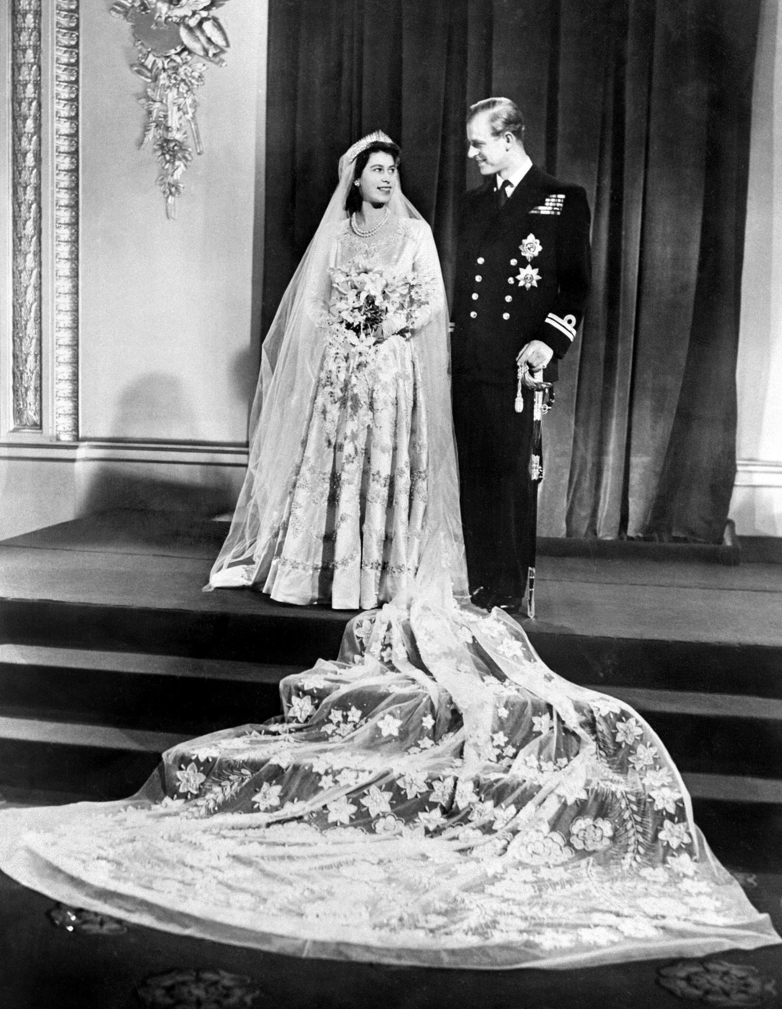 Queen Elizabeth II., Prinz Philip, Hochzeitsfotos