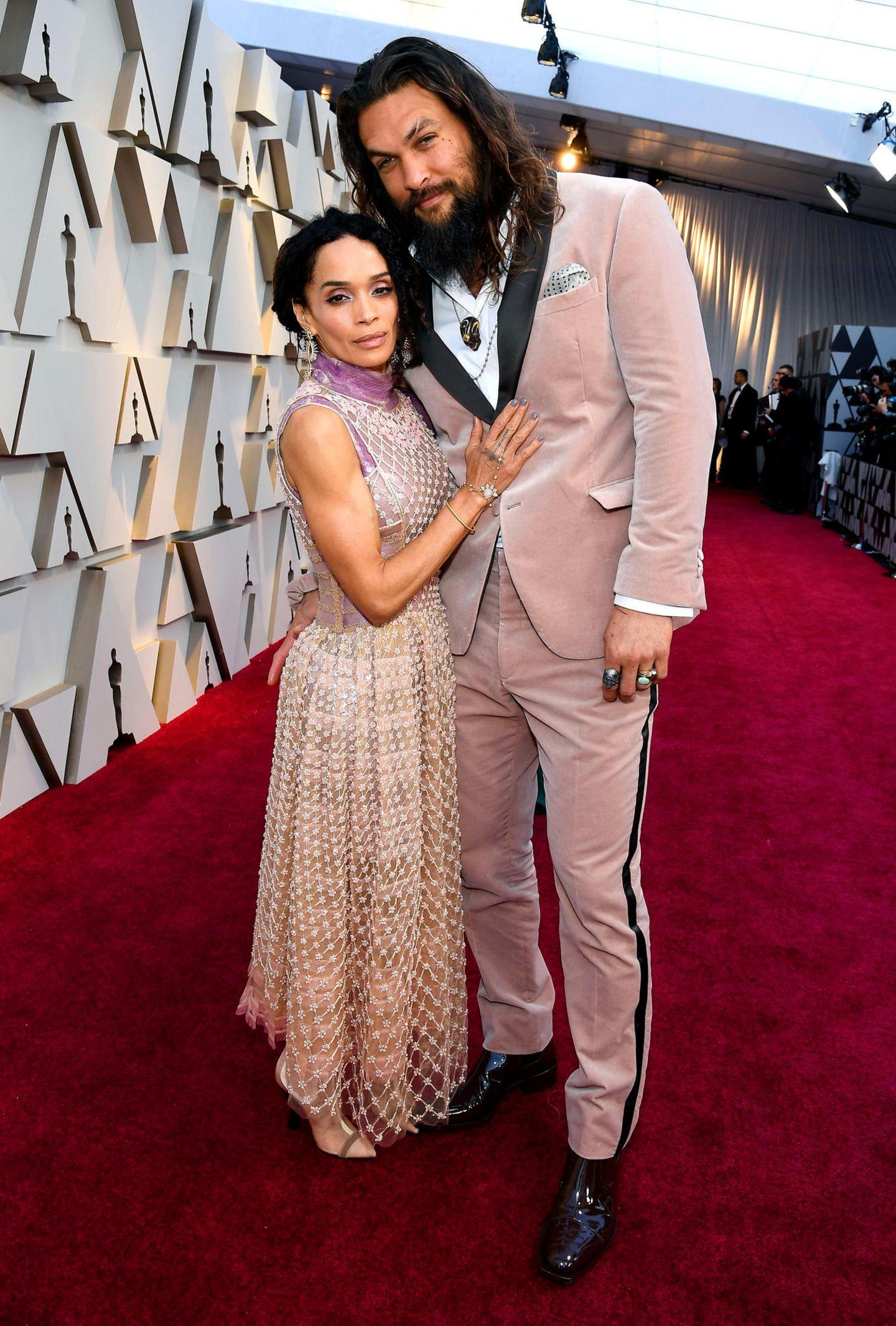 Lisa Bonet und Jason Momoa in Fendi Couture bzw. Fendi Mens