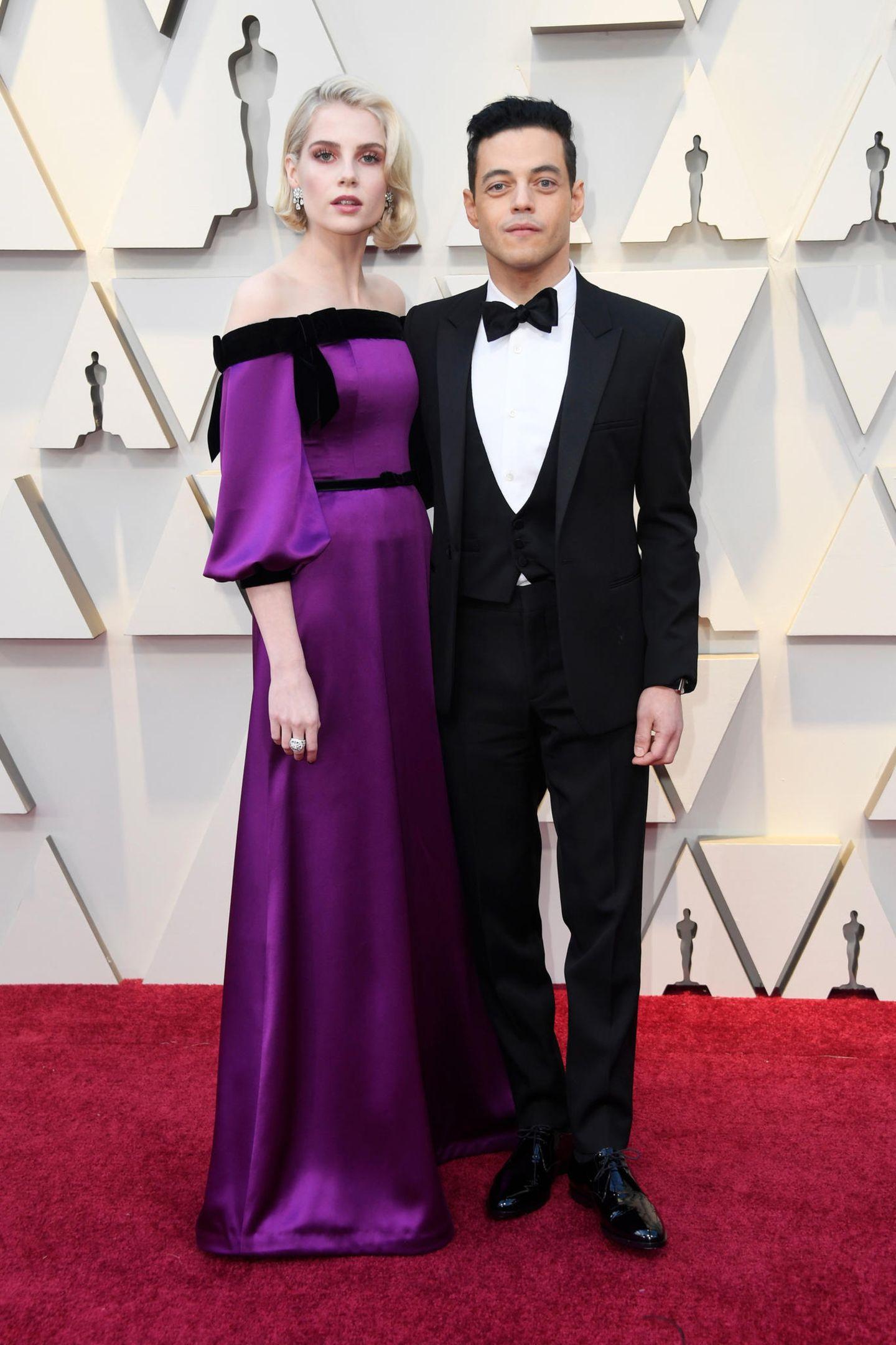 Lucy Boynton in Rodarte mit Oscar-Preisträger Rami Malek