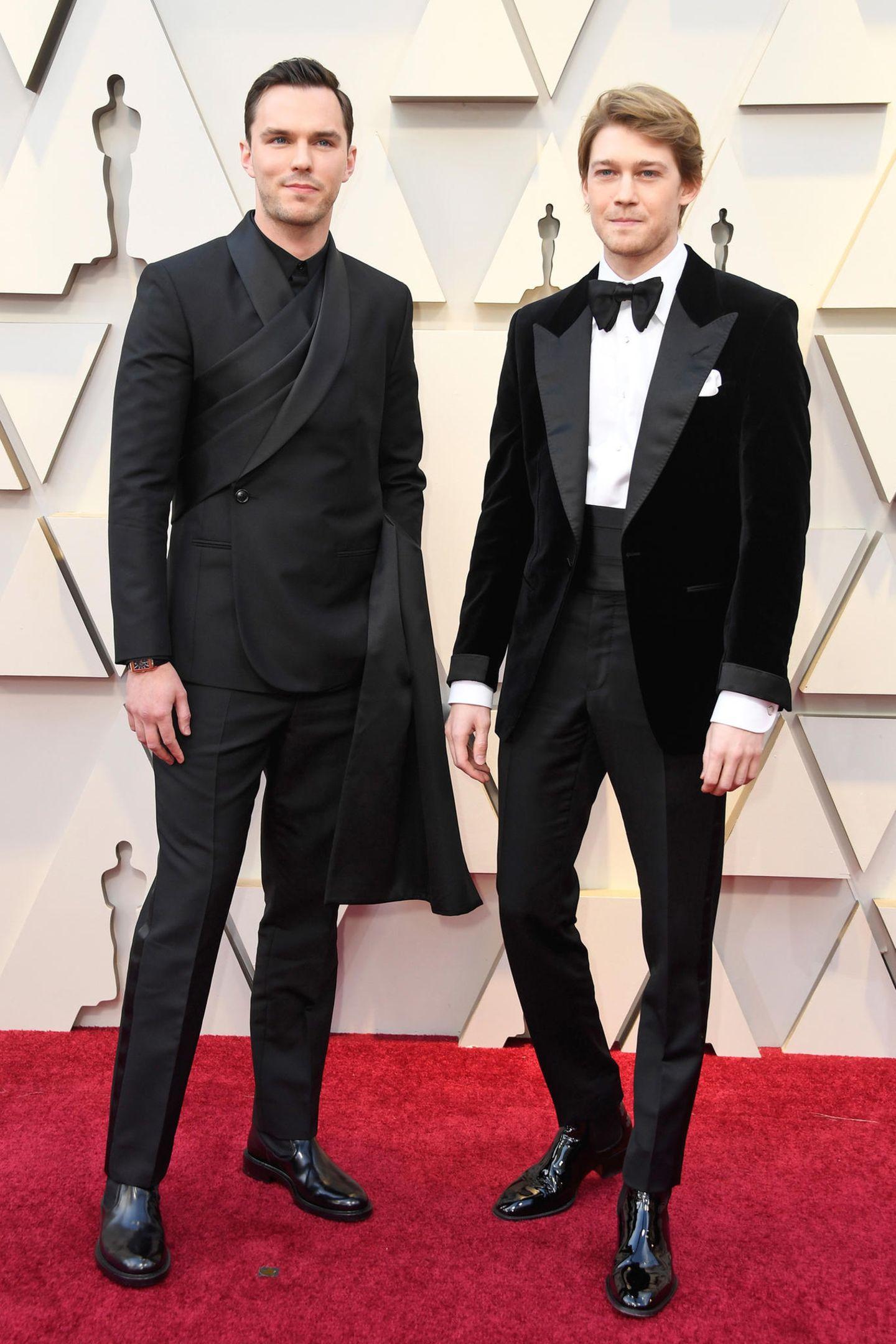 Nicholas Hoult in Dior Men und Joe Alwyn in Tom Ford