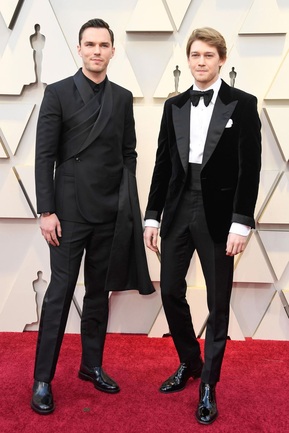 Nicholas Hoult in Dior Men und Joe Alwyn in Tom Ford