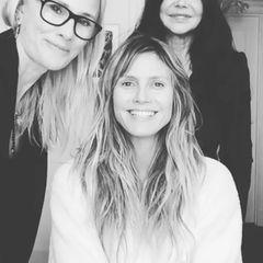 """""""Werde bereit gemacht für die Oscars"""", postet Heidi Klum zu dem Post mit ihren Stylistinnen."""