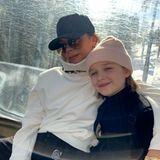 """24. Februar 2019   """"Zeit für die Familie nach der stressigen Fashion Week"""", schreibt Victoria Beckham zu ihrem Foto mit Tochter Harper."""
