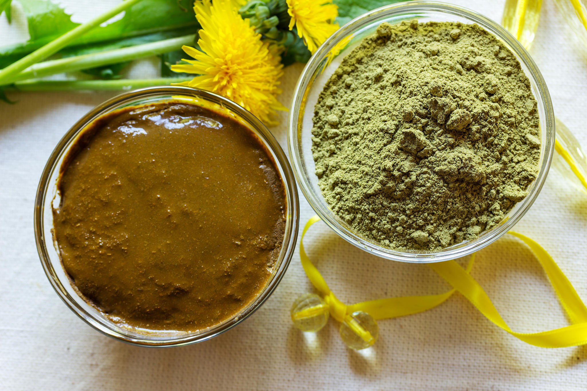 Henna-Paste und -Puder