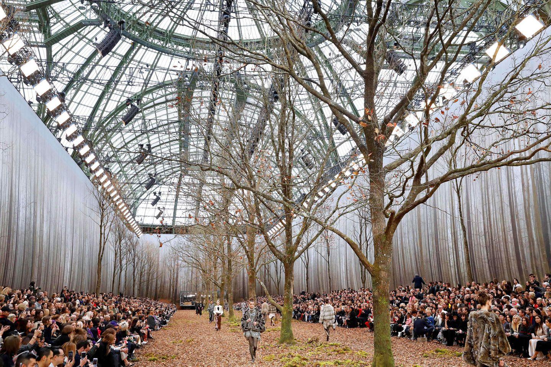 """""""Frische"""" Waldluft konnte das Publikum bei der Präsentation der Herbst/Winter-Kollektion im März 2018 genießen."""